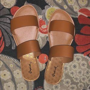 Qupid Slide Sandals (Size 7.5) NEW